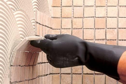 Клей для мозаики (на сетке, на стену, на деревянную поверхность): как выбрать, инструкция по поклейке